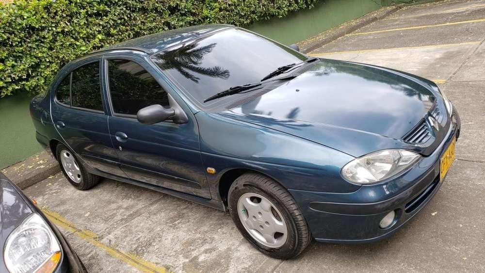 Renault Megane  2001 - 211750 km