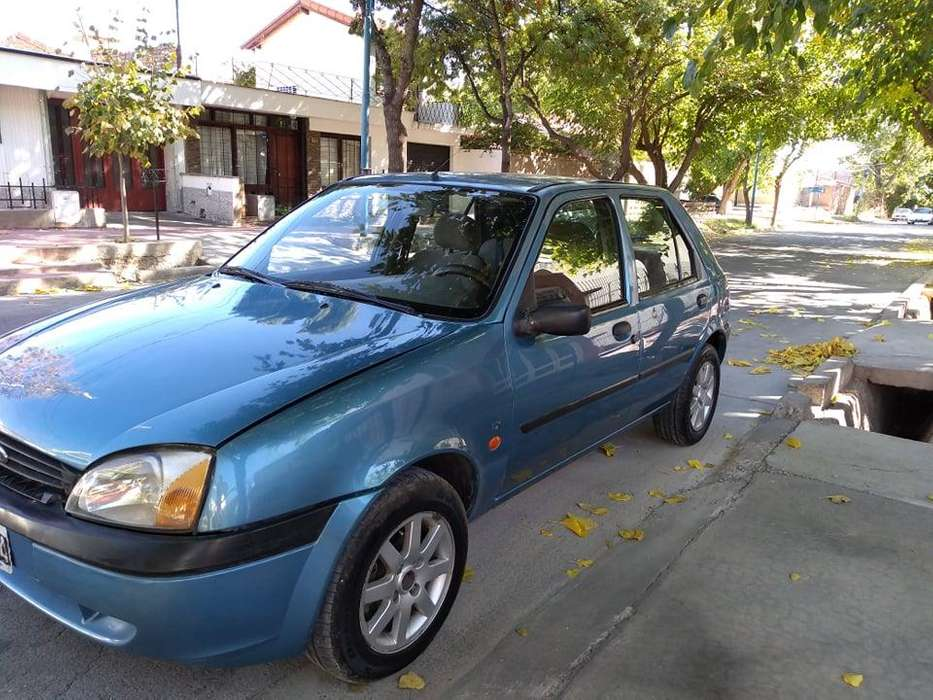 <strong>ford</strong> Fiesta  2000 - 300 km