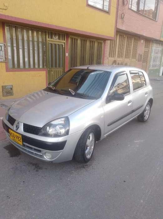 Renault Clio  2011 - 59000 km