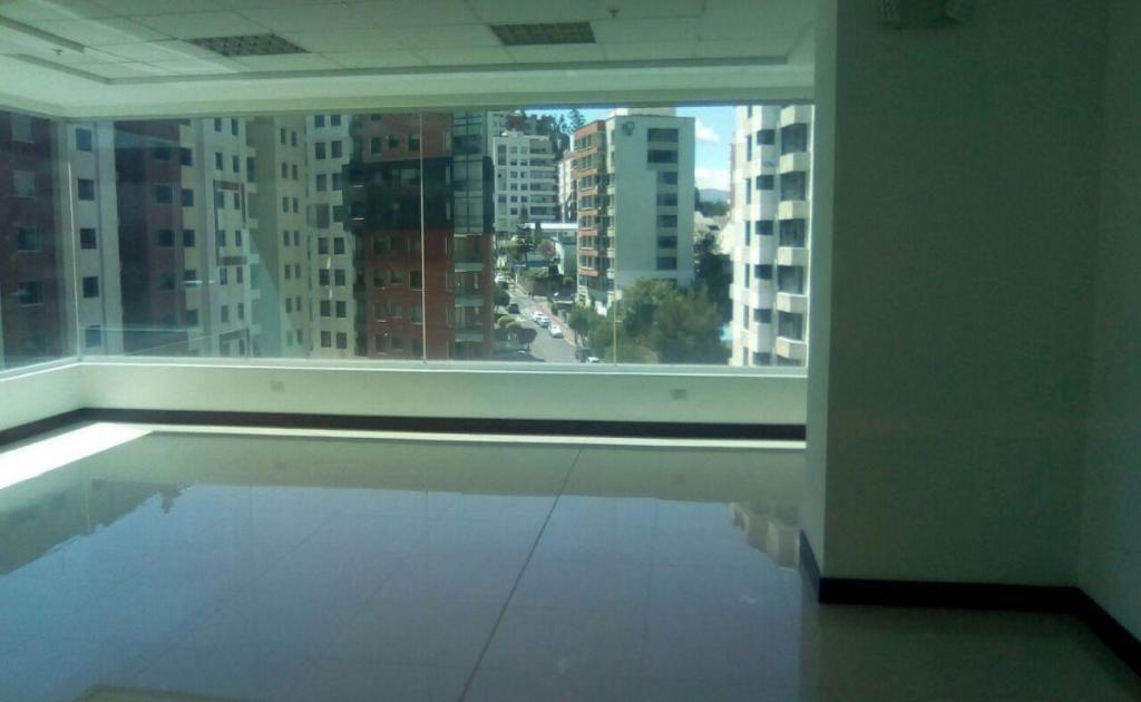 Batán Bajo, Oficina de venta, 1 ambiente, 74 m2