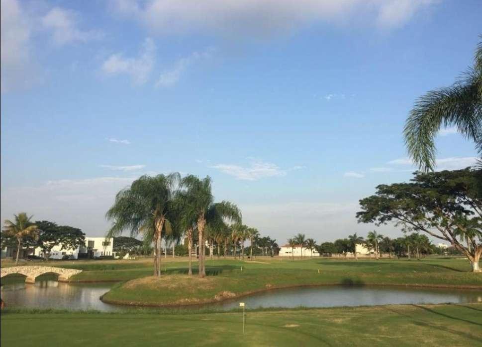 Terreno en Venta en Mocoli Golf Club