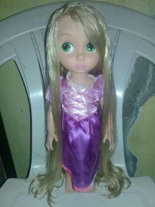 Vendo Muñeca Rapunzel de Disney