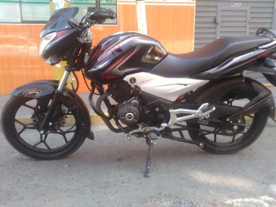 Vendo moto nueva por motivo de viaje recin comprada hace 2 meses