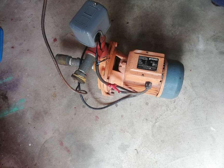 Bomba de Agua Centrífuga con Cisternas