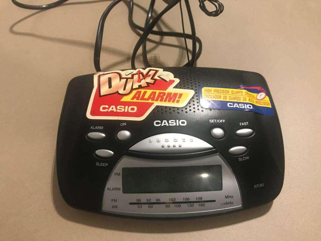 4598c0e4cfc5 Radio Reloj Despertador Casio - Capital Federal