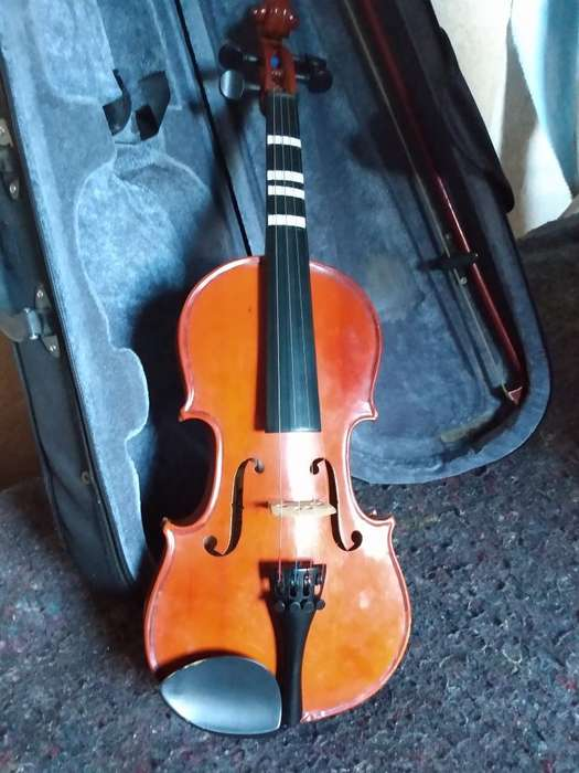 Violin Cremona 3:4