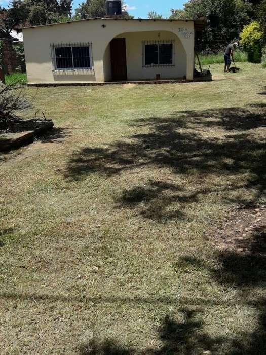 Vendo Terreno con Casa en Miguel Lanus