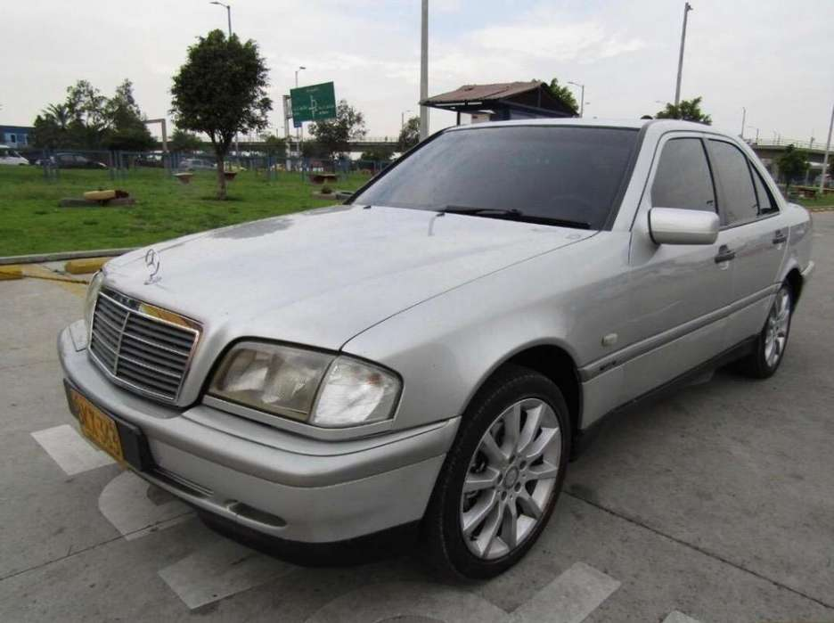 <strong>mercedes-benz</strong> Clase C 1999 - 163000 km