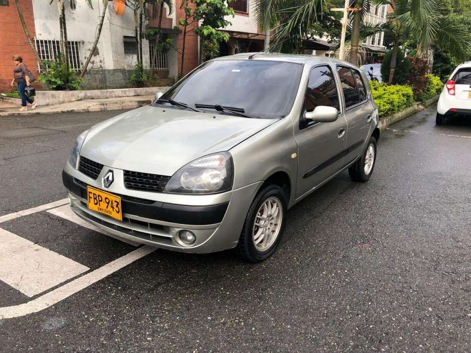 <strong>renault</strong> Clio  2005 - 100 km