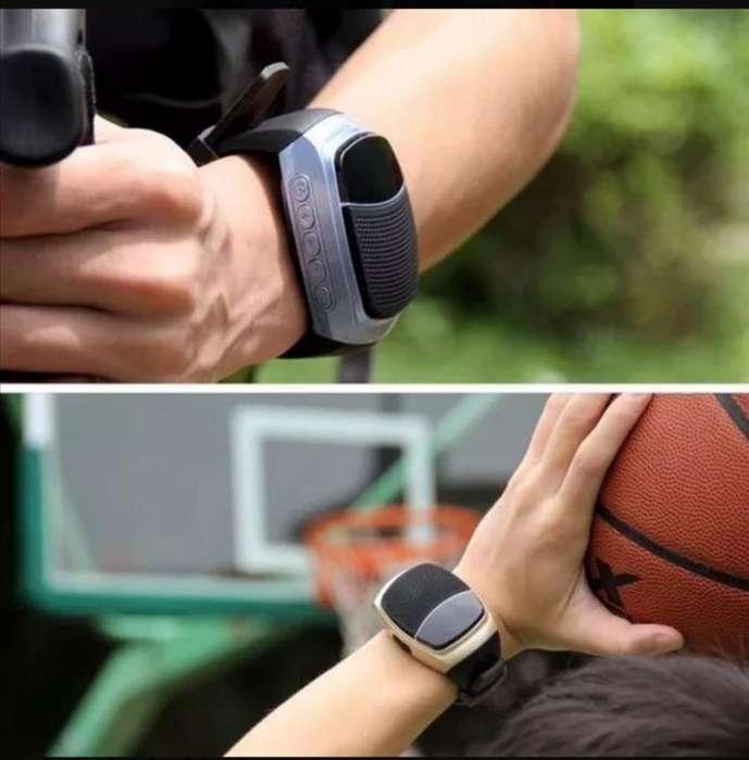 Reloj Bluetooth Altavoz Fm Sd