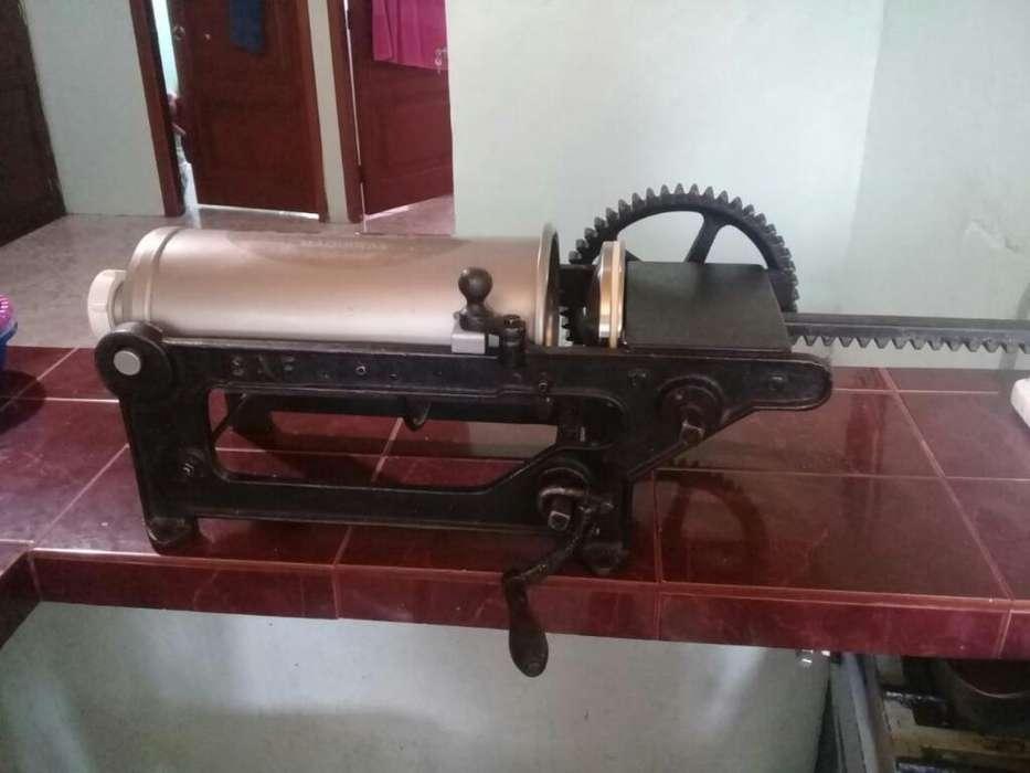 Maquina de Churros Y Embutidora