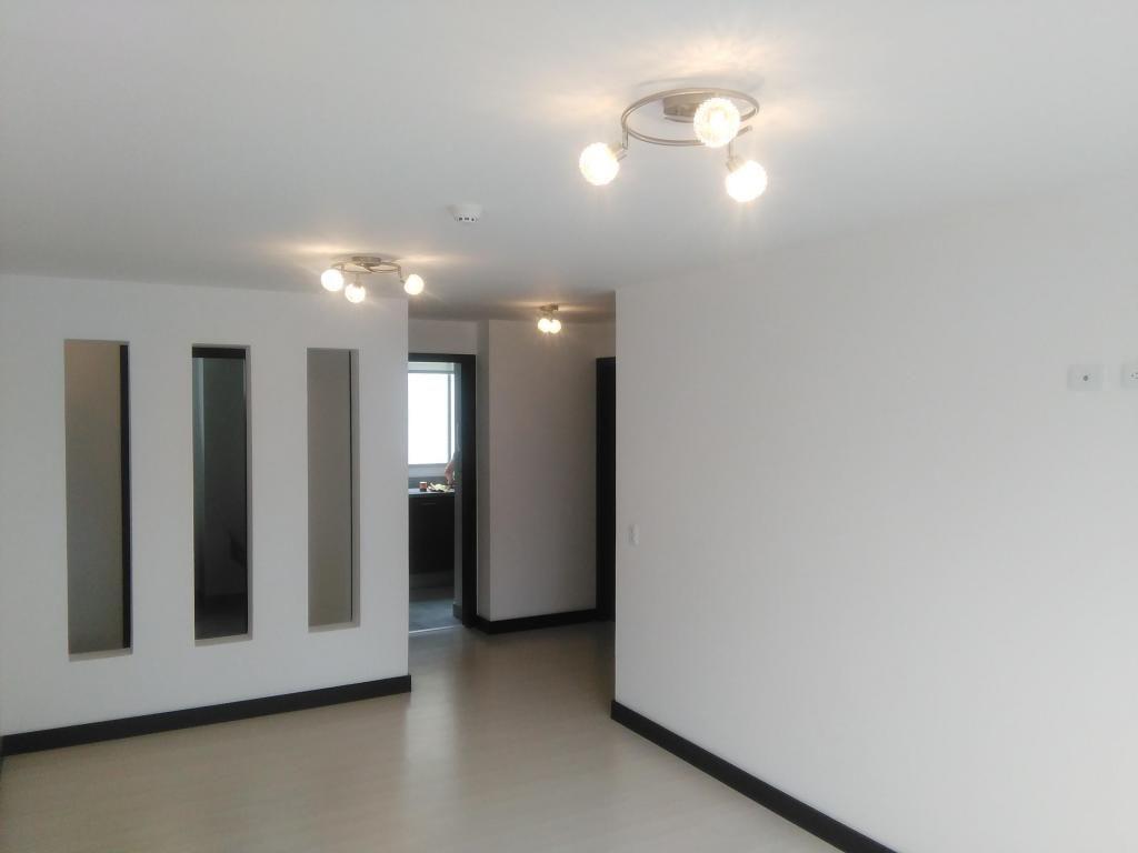 // Amplio Departamento en Venta de 2 Dormitorios, Sector La Carolina