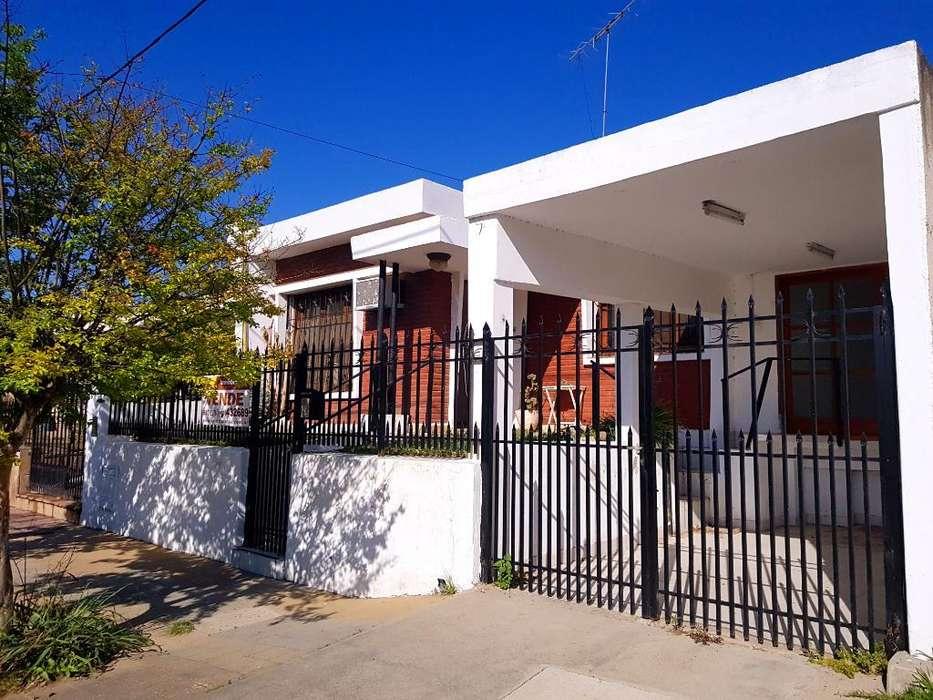 Hermosa Casa a Cuadras Del Centro