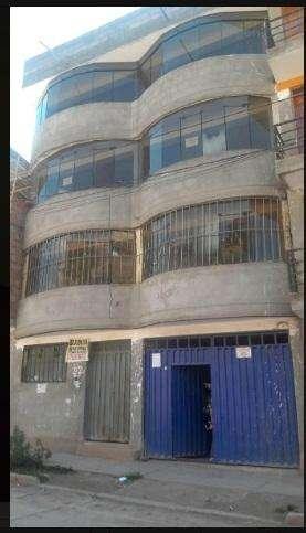 Vendo edificio de 5 pisos en APV Casuarinas d2 Av. Machupichu en Cuzco