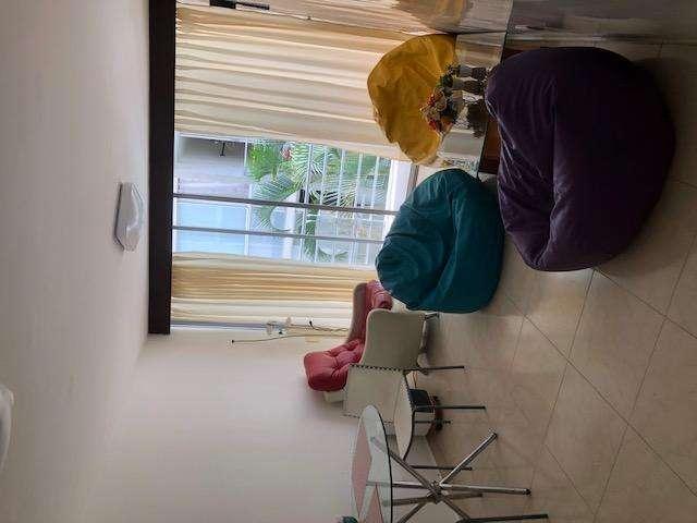 Comparto apartamento Calle 200 Floridablanca Conjunto cerrado