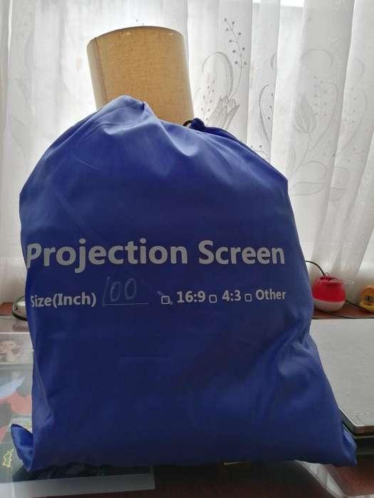Pantalla para Proyector de 100 Pulgadas
