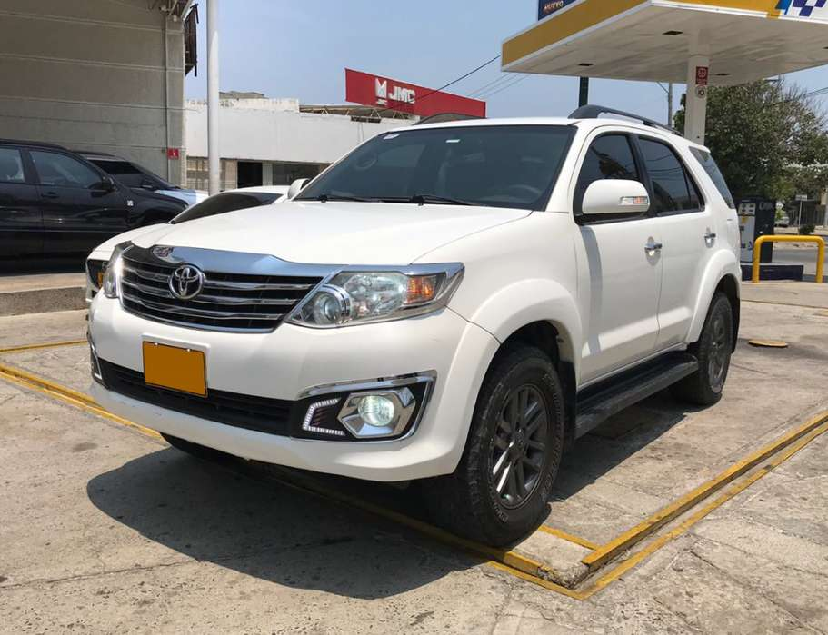 Toyota Fortuner 2013 - 121700 km