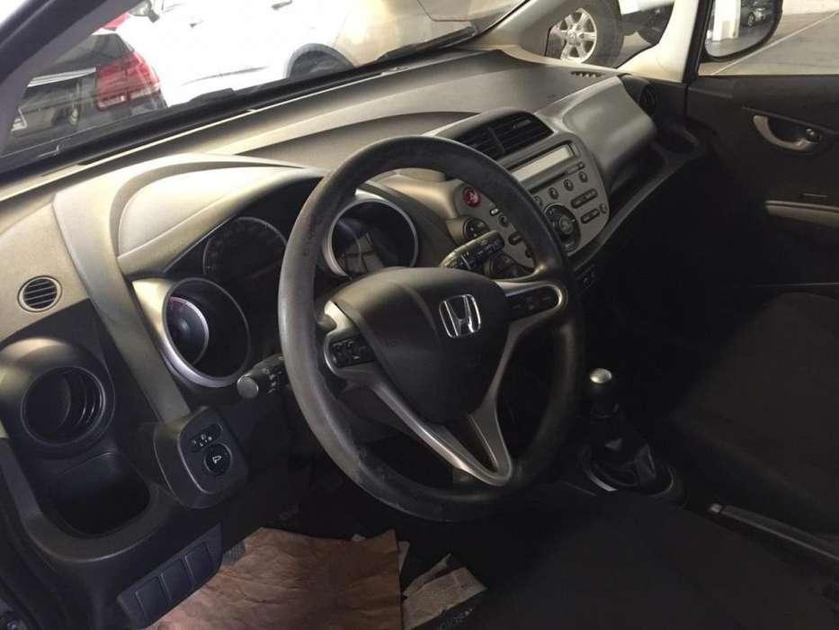 Honda Fit 2013 - 130000 km