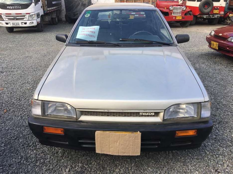 Mazda 323 1996 - 187000 km