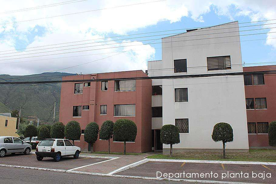 Departamento Dos Hemisferios,remodelado,3 dormitorios,planta baja 55.000