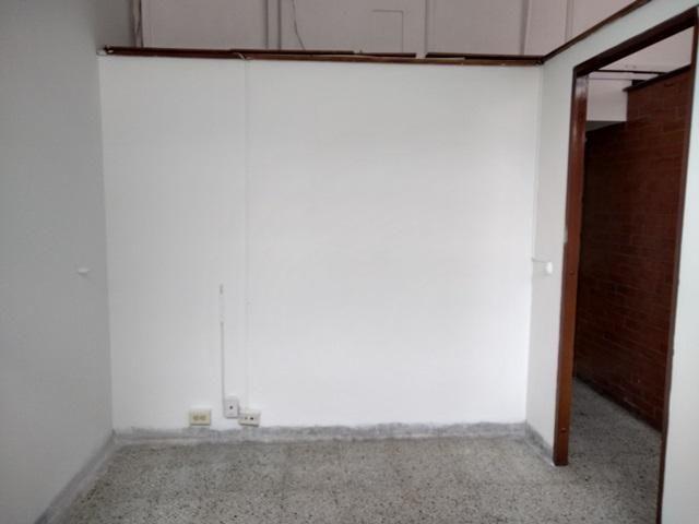 ARRIENDO DE OFICINA EN SAN DIEGO CENTRORIENTAL  MEDELLIN 622-11572