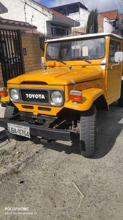 <strong>toyota</strong> Land Cruiser 1987 - 100000 km