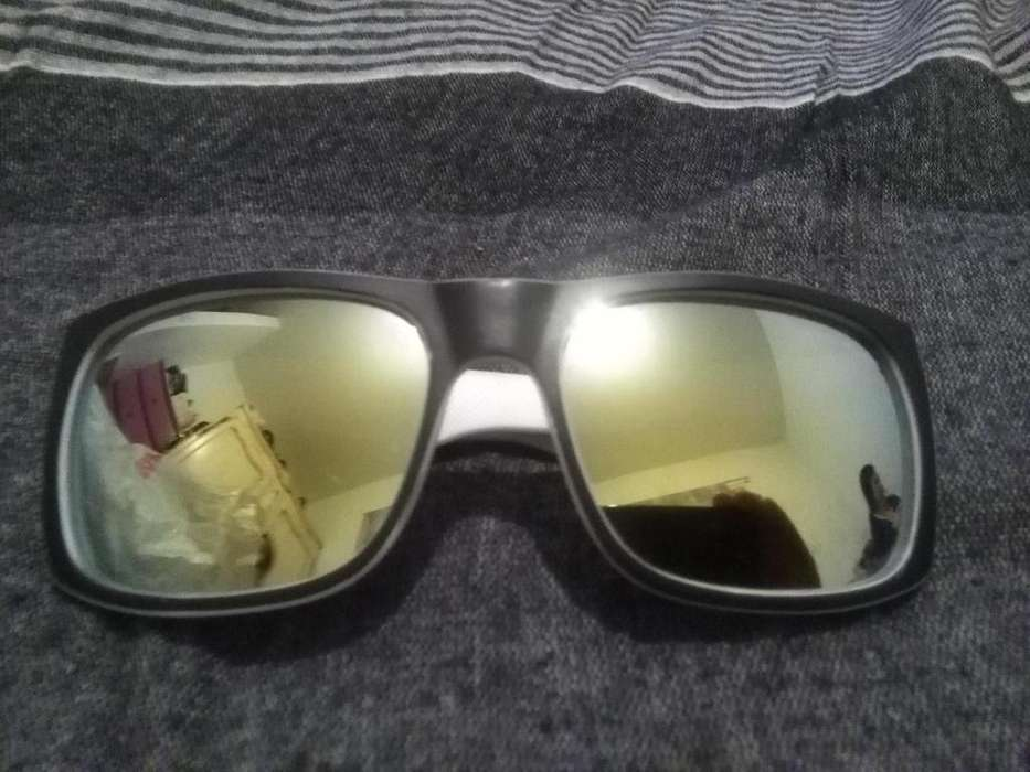 Anteojos quicksilver originales negros y blancos con antireflex