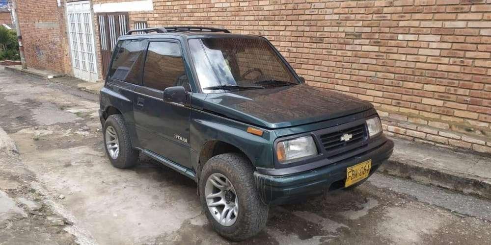 Chevrolet Vitara 2002 - 240000 km