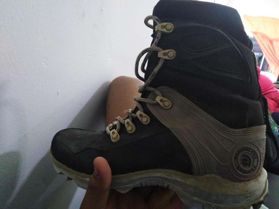 Vendo botas talla 38 marca masherland