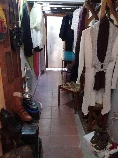 zapatos y ropa usada