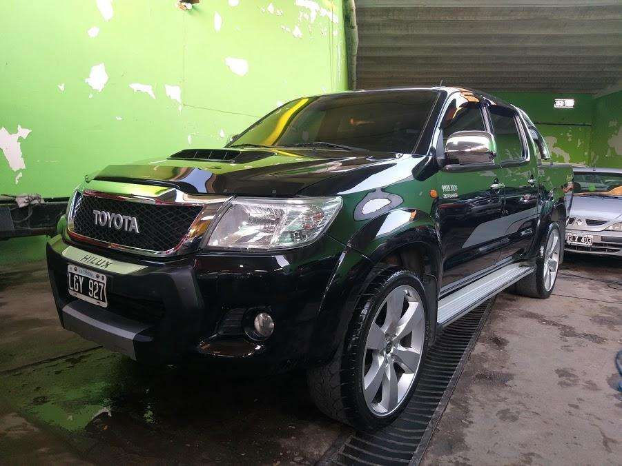 Toyota Hilux 2012 - 160000 km