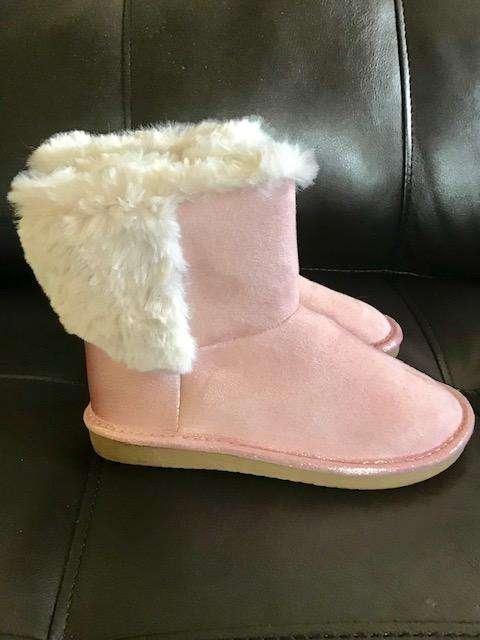 Botas para niña Talla: 28 OshKosh rosadas