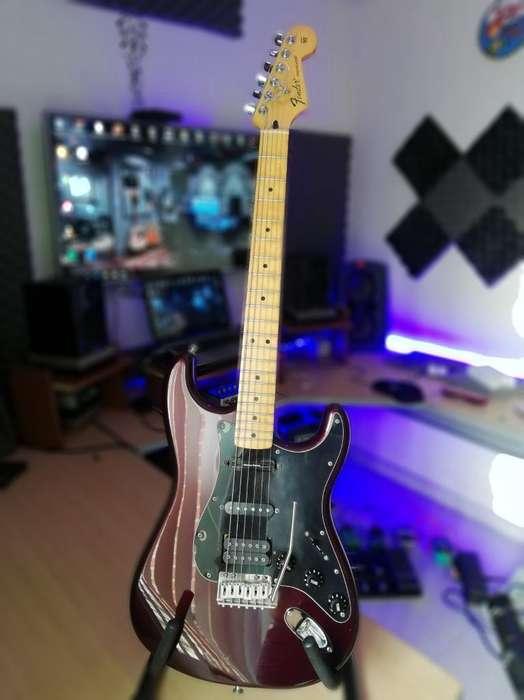 Vendo Guitarra Fender Stratocaster Mex