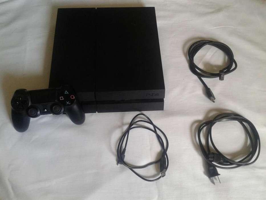 PS4 CUH-1215A, 500 GB, Poco uso