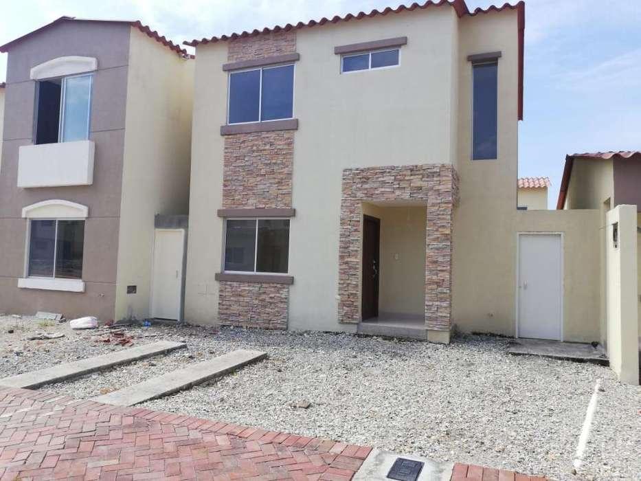Se vende Casa en Vía a La Costa
