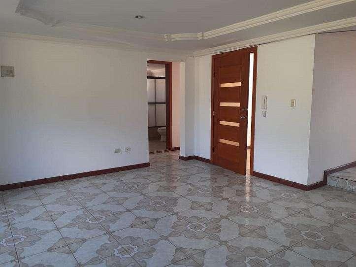 Departamento de 3 Dormitorios sector Gasolinera de Gapal