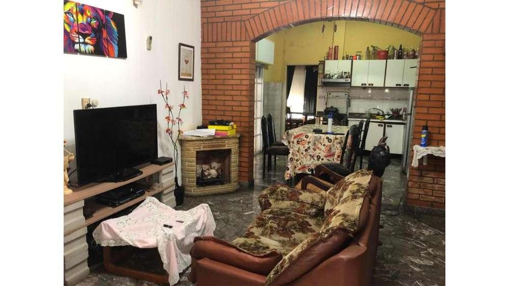 Lopez Y Planes 5200 - UD 110.000 - Casa en Venta