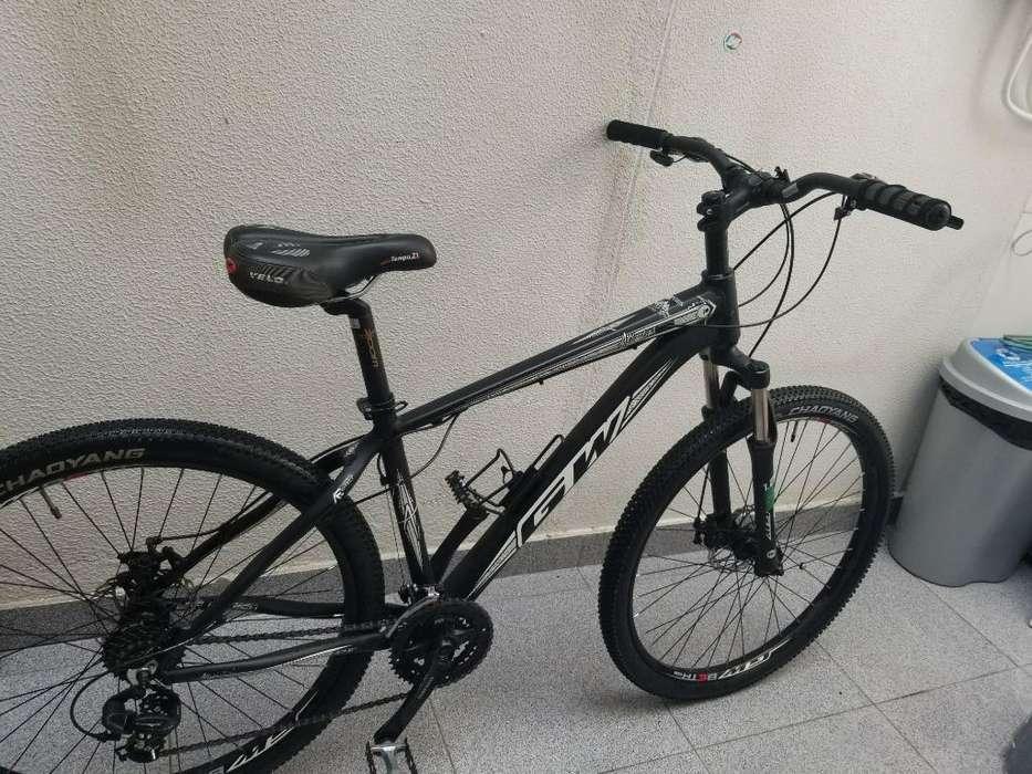 Se Vende Bicicleta Excelente Estado.