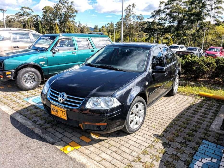 Volkswagen Jetta 2012 - 35000 km