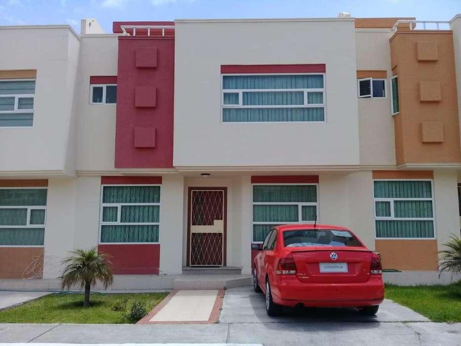 Venta Hermosa Casa CONJUNTO MONTE CARLO 1, Ambato