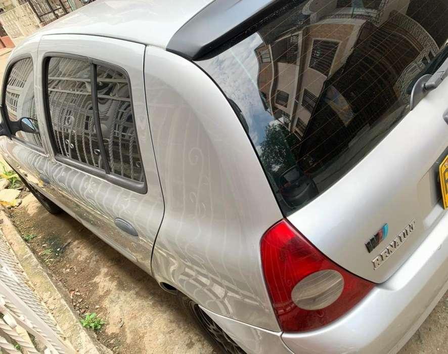 Renault Clio  2008 - 173000 km