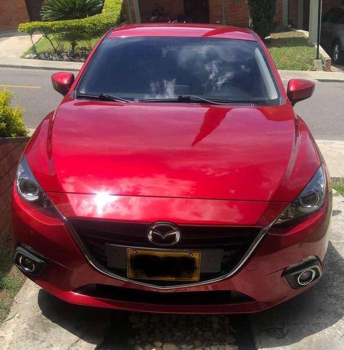 Mazda 3 2015 - 71000 km