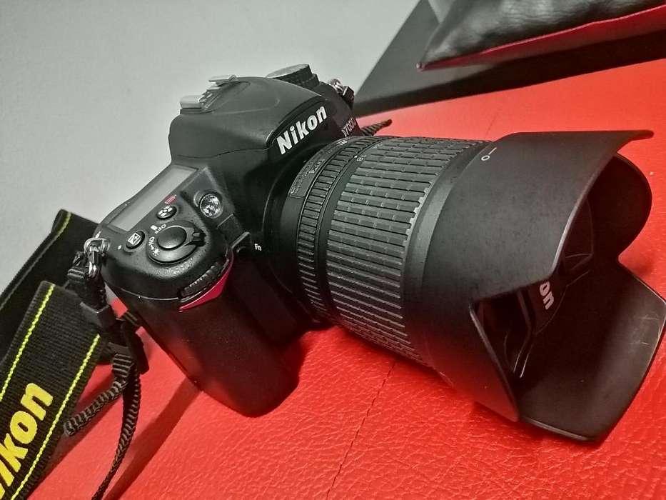 Camara Nikon D7000