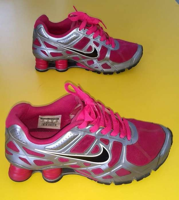 finest selection ae9f0 8add7 VENDO O CAMBIO ZAPATILLAS NIKE SHOX TURBO FUCSIA