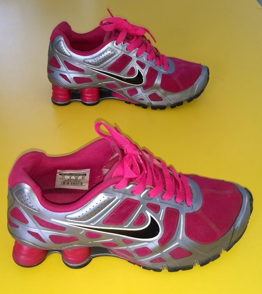 check out 31e40 a2473 Zapatillas Nike Shox Turbo Fucsia