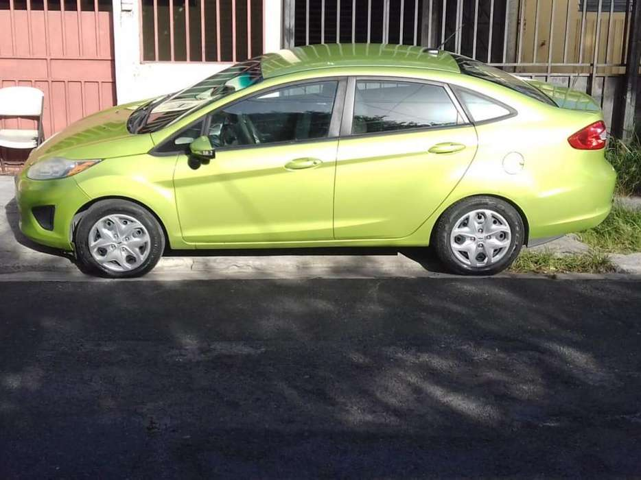Ford <strong>fiesta</strong>  2013 - 69000 km