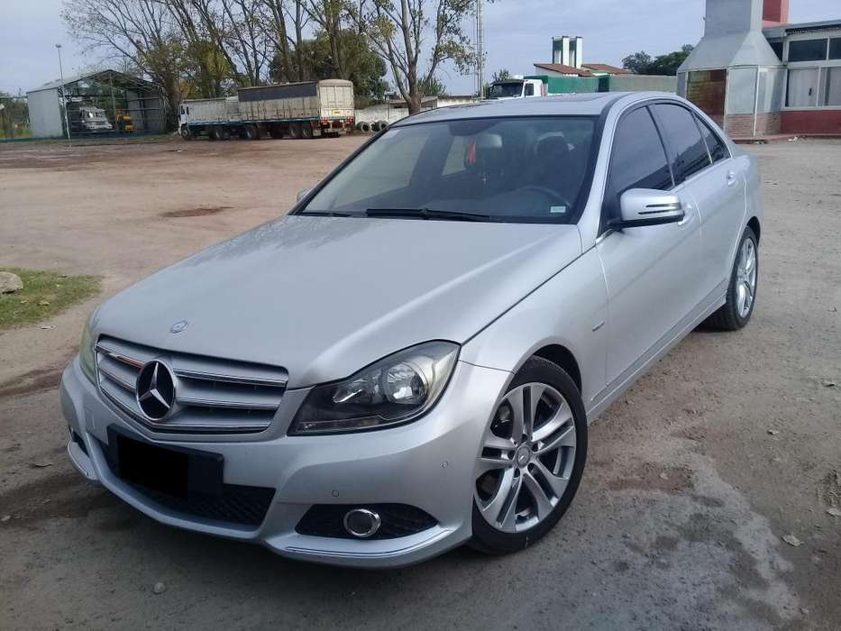 <strong>mercedes-benz</strong> Clase C 2012 - 89000 km