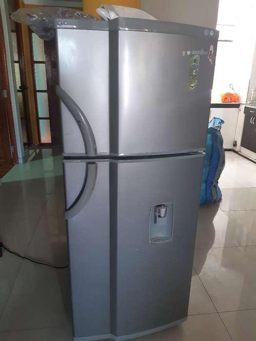 Venta-refrigeradora Mediana-marca Mabe