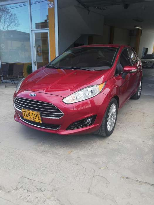 <strong>ford</strong> Fiesta  2015 - 64000 km