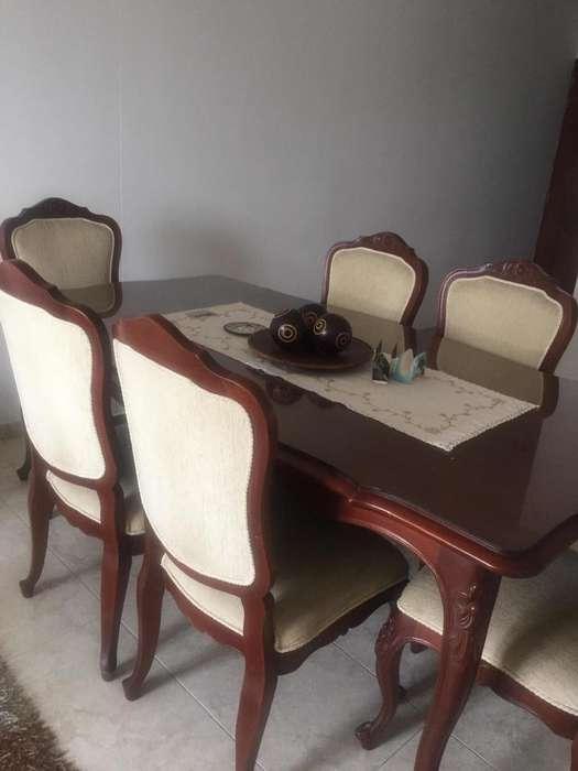 Muebles de Comedor en Cedro Fino